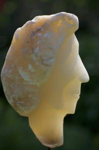 Gezicht albast sculptuur 2013